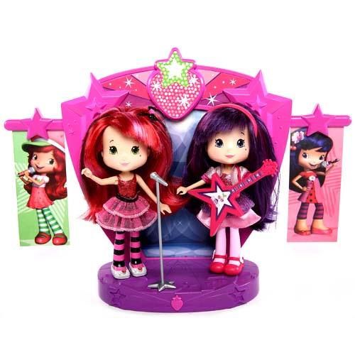 Strawberry Shortcake 12245 Шарлотта Земляничка Две куклы 15 см на сцене