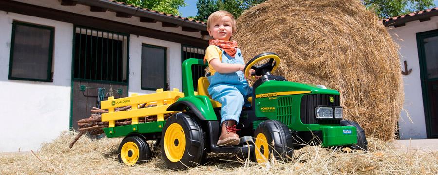 трактор Peg-Perego JD Power Pull