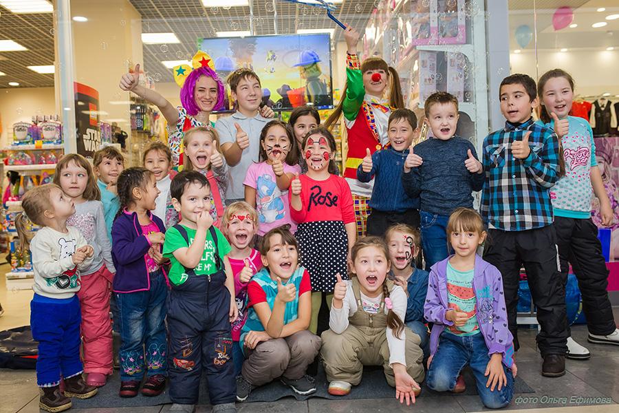 Праздник в магазине TOY.RU в Альметьевске