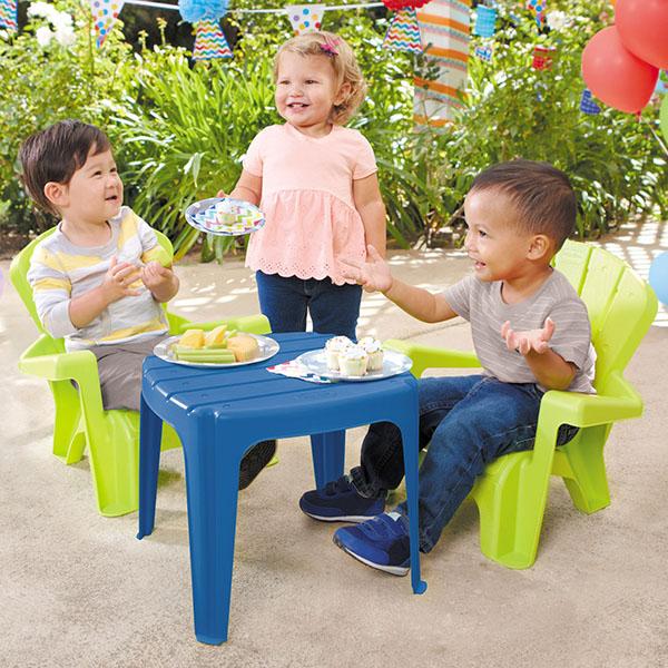 Little Tikes 644252 Литл Тайкс Набор садовый столик и стулья 2 шт., голубой, салатовый