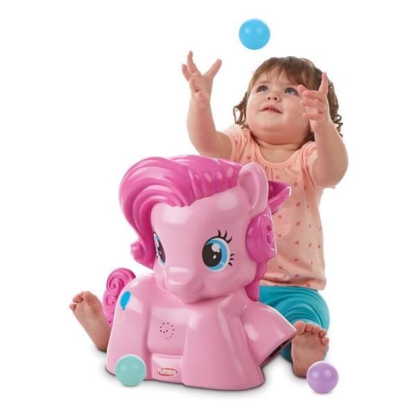 Hasbro Playskool B1647 Пинки Пай с мячиками playskool развивающая игрушка озорная обезьянка