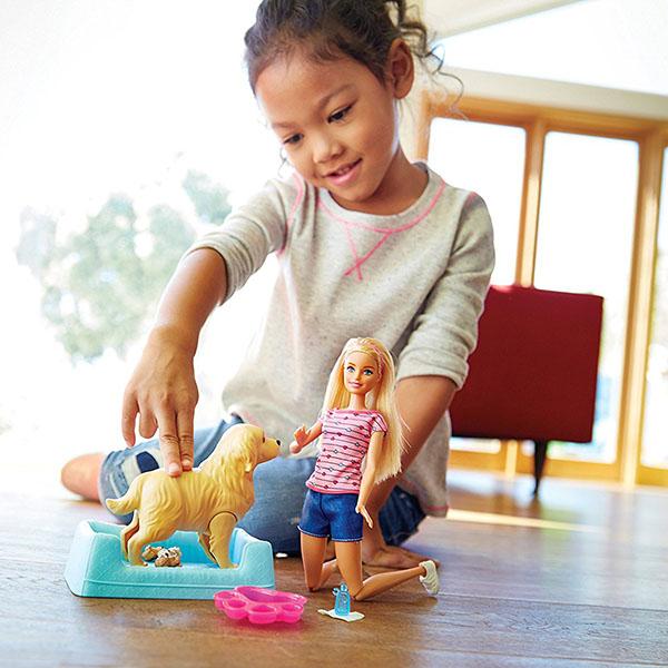 """Mattel Barbie FDD43 Барби Игровой набор """"Кукла и собака с новорожденными щенками"""""""