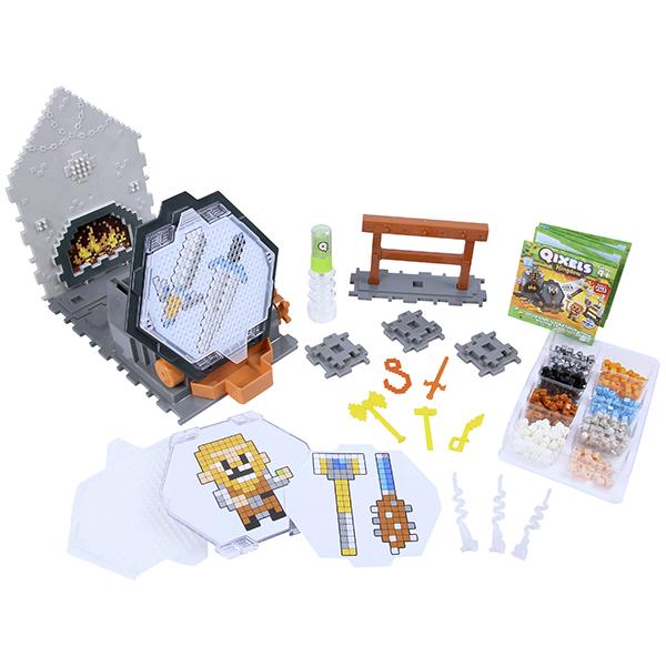 Qixels 87027 Квикселс Набор для творчества Королевство Оружейная мастерская набор для детского творчества набор веселая кондитерская 1 кг