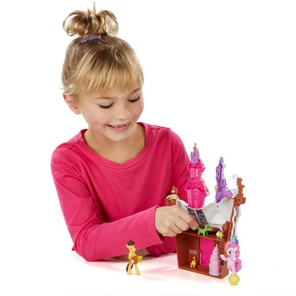 """Hasbro My Little Pony B3594 Май Литл Пони Коллекционный игровой набор""""Сахарный дворец"""""""