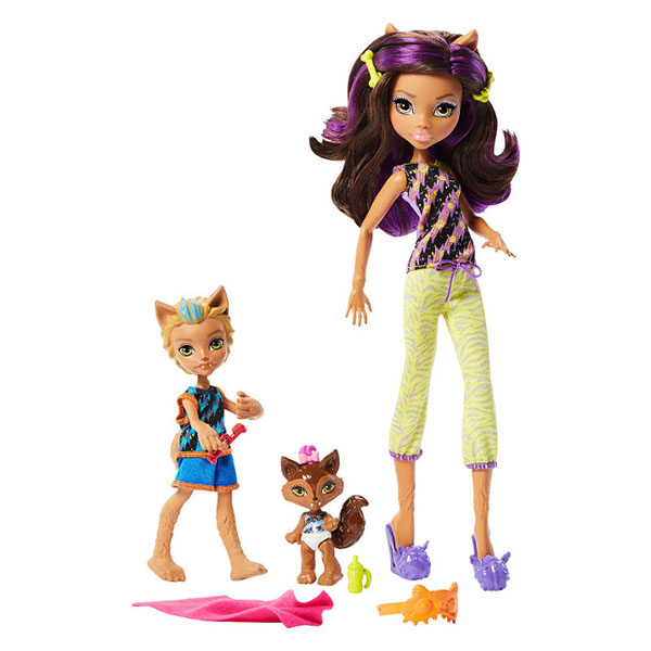Mattel Monster High FCV81 Набор кукол из серии Семья Монстриков игровые наборы mattel форсаж игровой набор