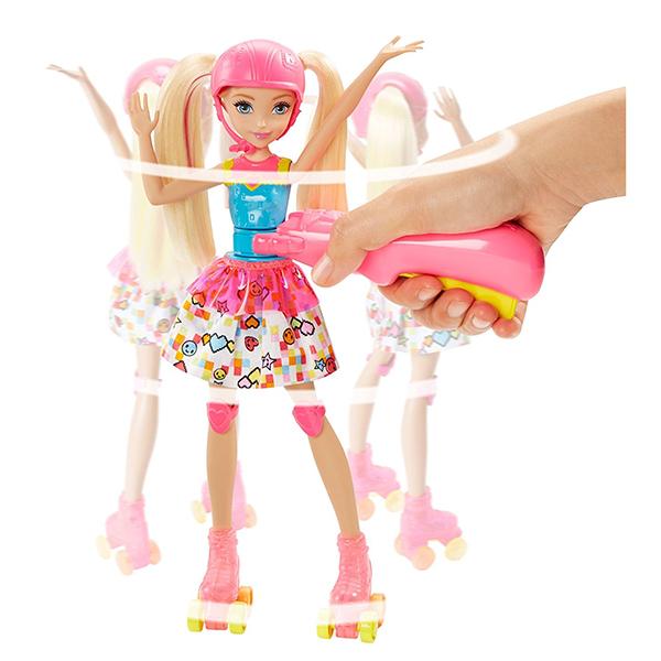 """Mattel Barbie DTW17 Барби Кукла на роликах из серии """"Barbie и виртуальный мир"""""""