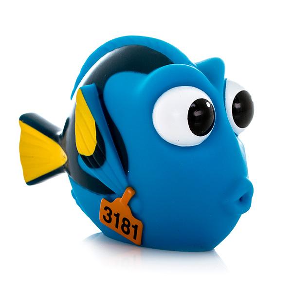 Finding Dory 36565 В поисках Дори Подводный обитатель-брызгалка 7-10 см (в ассортименте) finding dory 36530 в поисках дори плюшевый подводный обитатель с озвучиванием в ассортименте