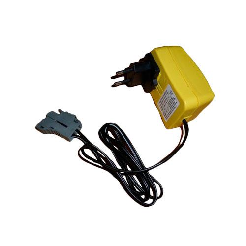 Peg-Perego IKCB0303 Пег-Перего Зарядное устройство 24V 1A peg perego switch easy drive completo denim
