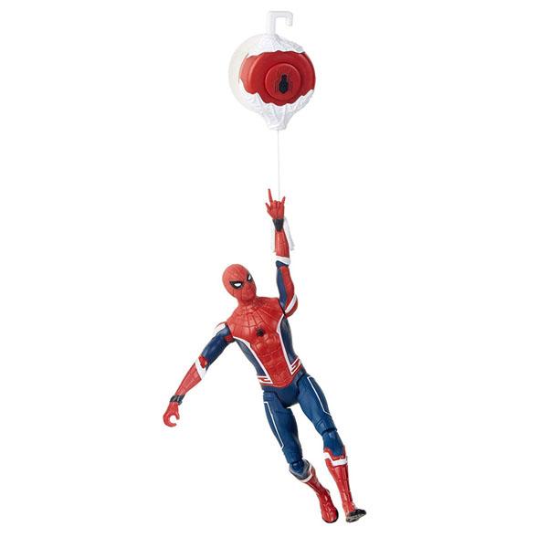 Hasbro Spider-Man E3547/E4116 Фигурка Человек-Паук 15 см делюкс Гусеничный трактор