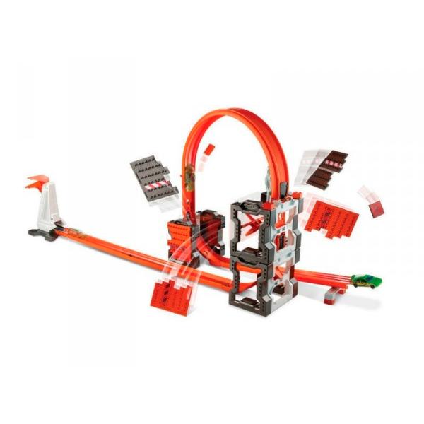Mattel Hot Wheels DWW96 Хот Вилс Конструктор трасс: взрывной набор mattel hot wheels dww97 хот вилс конструктор трасс разводной мост