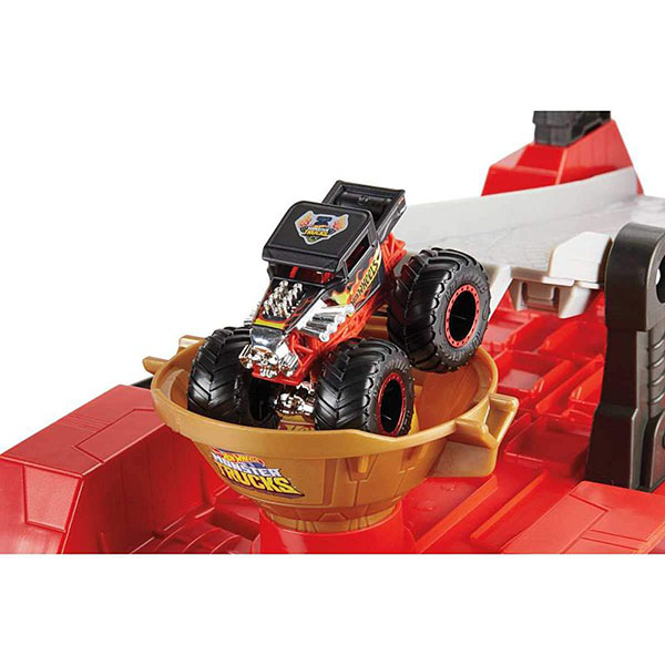 "Mattel Hot Wheels GFR15 Хот Вилс Игровой набор Монстр трак ""Передвижной трамплин"""
