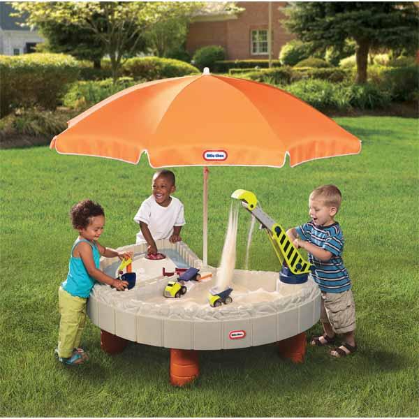 Little Tikes 401N_37 Стол-песочница с зонтом и зоной для воды