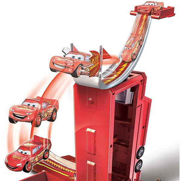 """Mattel Cars DVF39 Игровой Набор """"Трансформирующийся Мак"""""""
