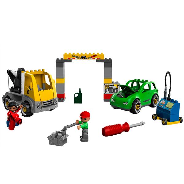 Lego Duplo 5641 Конструктор Авторемонтная мастерская за работой