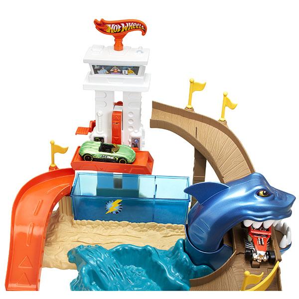 Mattel Hot Wheels BGK04 Хот Вилс Игровой набор Атака акулы (COLOR SHIFTERS)