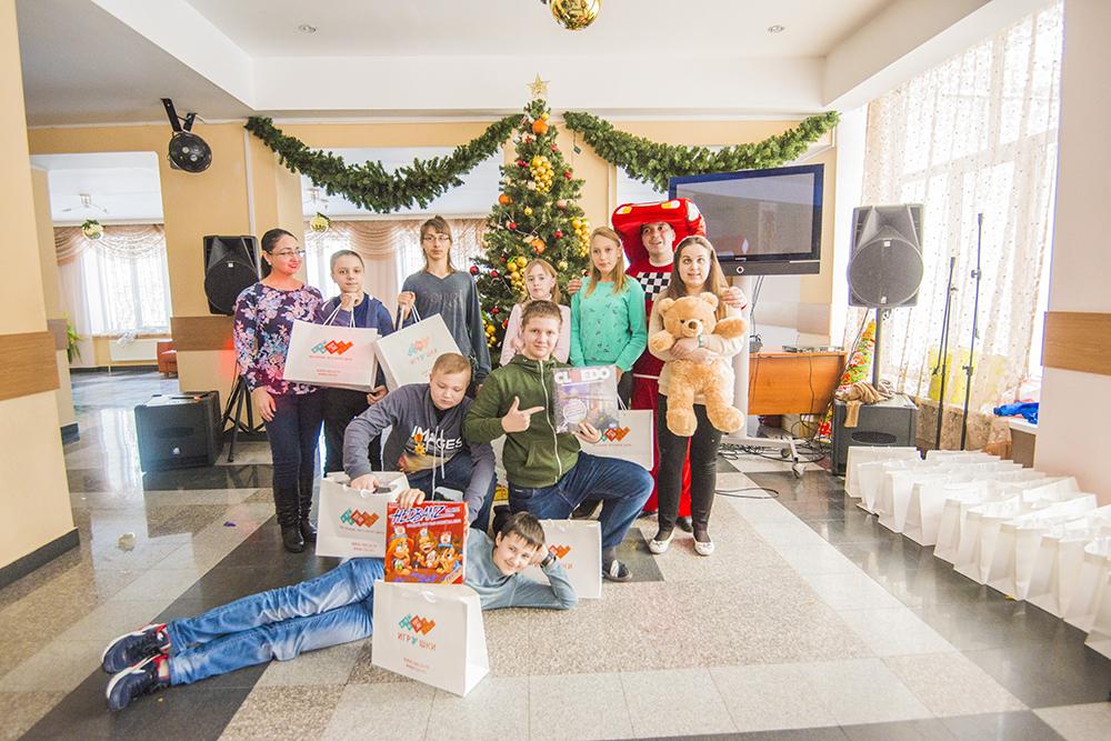 Благотворительный заезд для детей с героями мультсериала «Тачки» в пансионате «Нара» от компании TOY.RU и Фонда Константина Хабенского