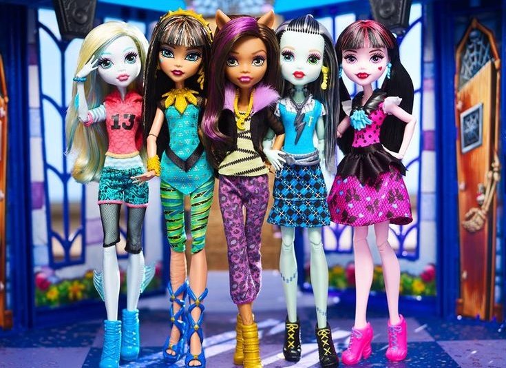 59634a7eea9f26c25bd0cd4e4e6c4746--monster-high-first-day-of-school.jpg