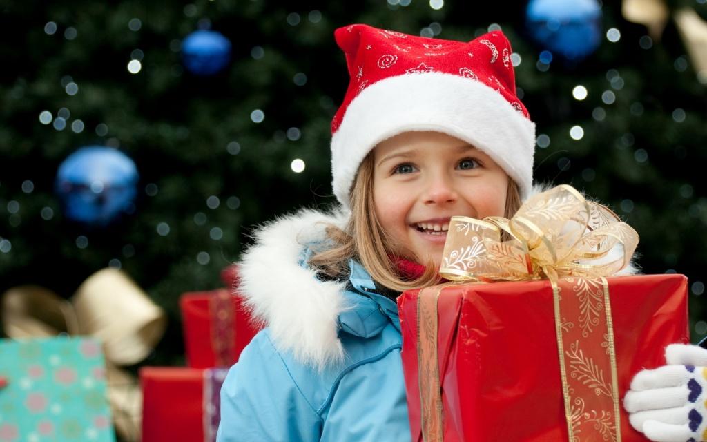 Подарки детям на Новый год в ТОЙ.РУ