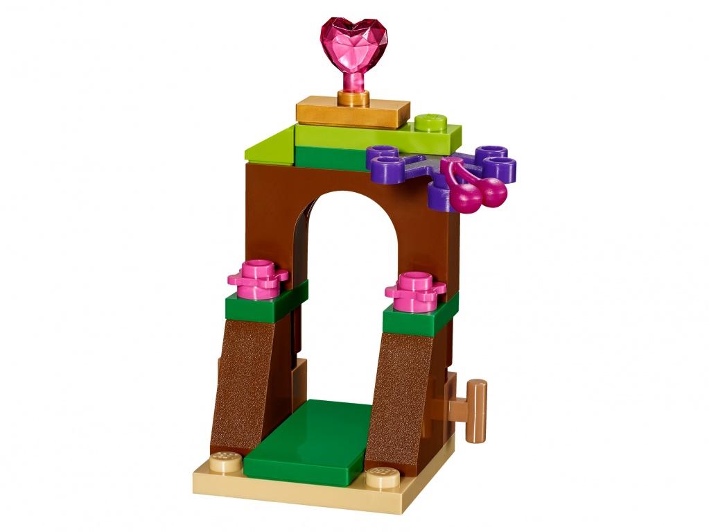Конструктор LEGO Disney Princess 41143 Кухня Ягодки