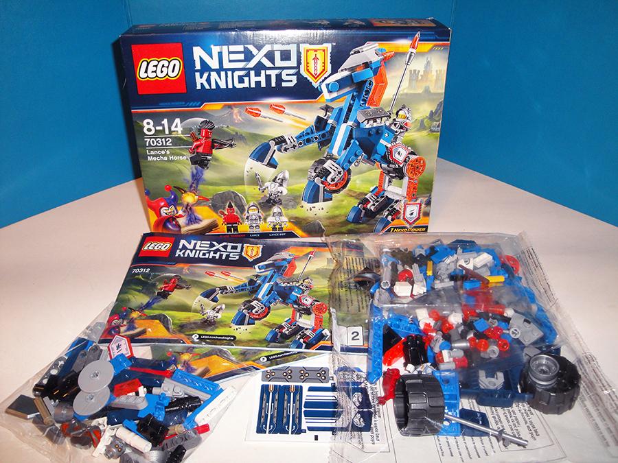Лего Нексо Ланс и его механический конь 70312