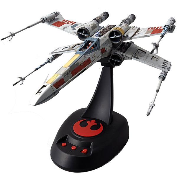 Star Wars Bandai 84616 Звездные Войны Сборная модель X-Wing Fighter 1:48 со звук. и свет. эффектами