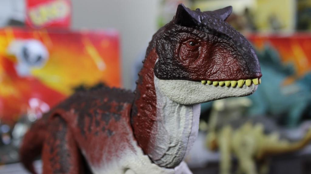Mattel-Carnotaurus.jpg