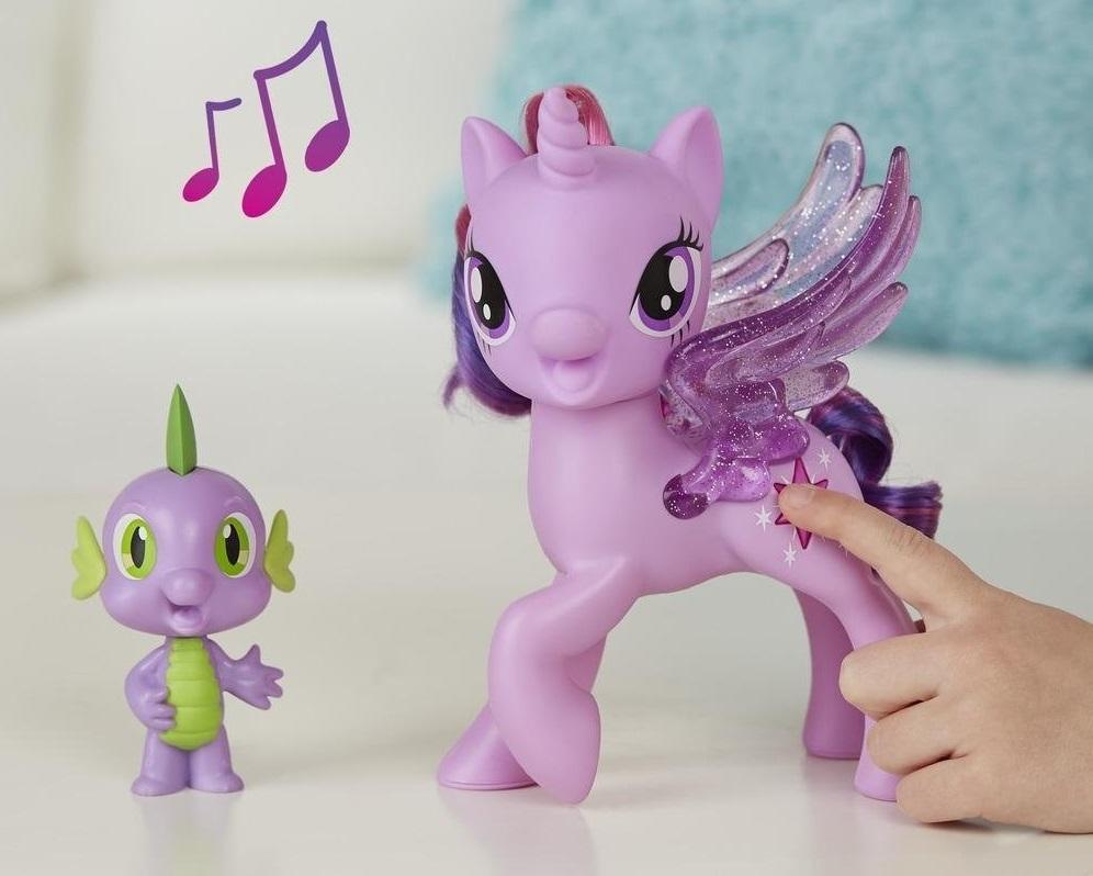 figurka_hasbro_my_little_pony_poyuschaya_tvaylayt_sparkl_i_spayk_c0718.jpg