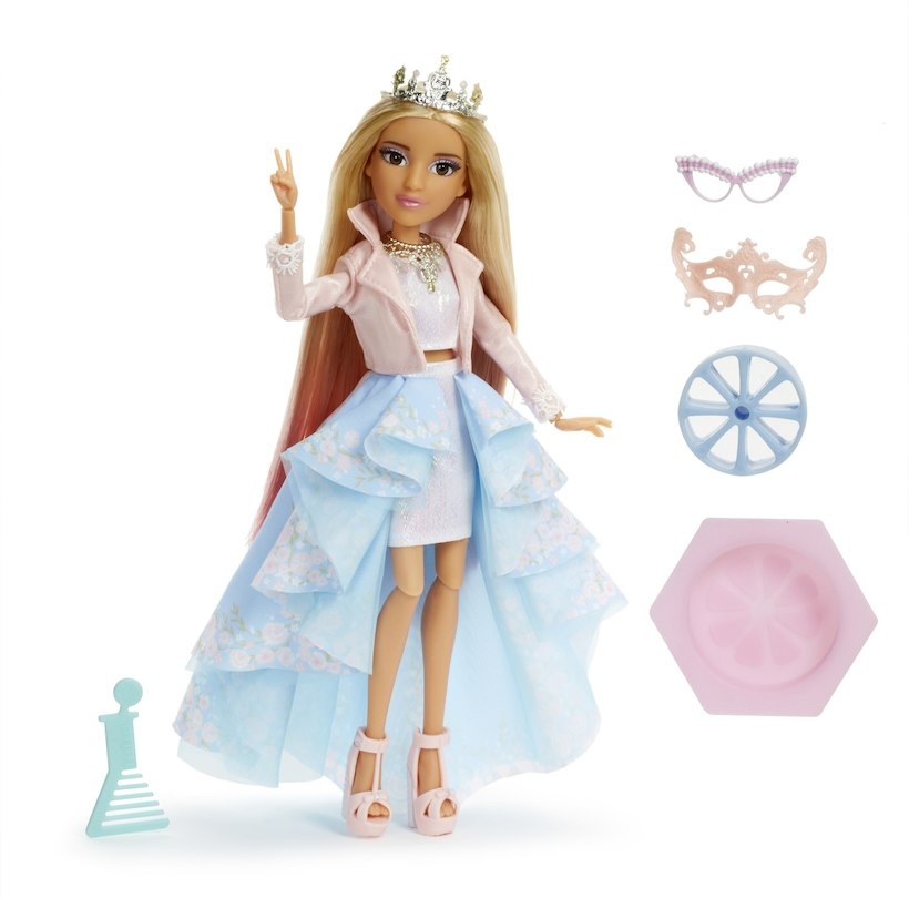 project-mc2-experiments-doll-with-lemon-soap-adrienne-attoms--9CCA957E.zoom.jpg