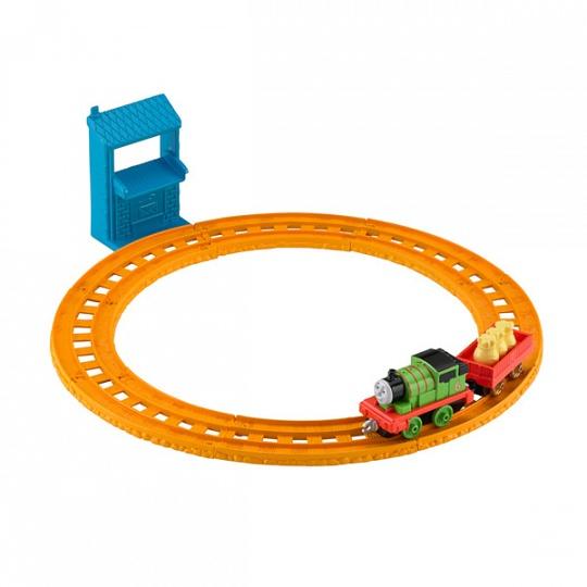 Thomas & Friends BHR93 Игровой набор Перси доставляет почту